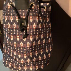 Τσαντα backpack