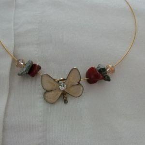 Κολιέ με πεταλούδα καινούργιο χειροποίητο