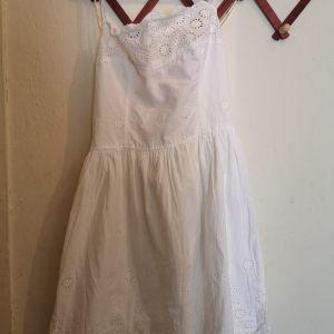 φόρεμα με κεντήματα καινούργιο με ανοιχτή πλάτη M/L