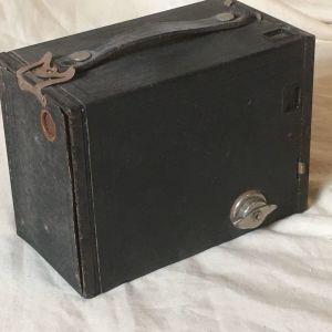 Vintage Kodak no 2  brownie model F