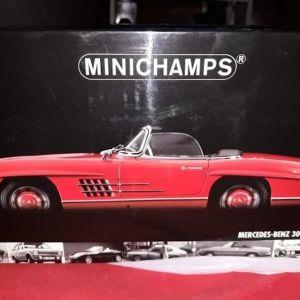 MERCEDES-BENZ 300SL ROADSTER / MINICHAMPS / 1:18 - RED / DIECAST