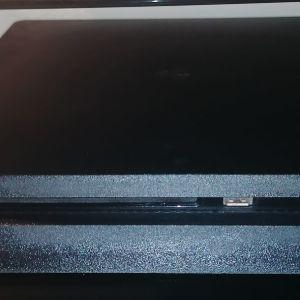 Sony Playstation 4 (PS4) Slim 500GB & 2 DualShock 4