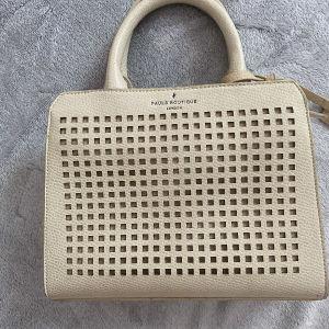γυναικεία τσάντα γνήσια