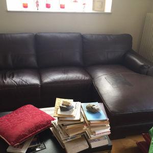 Δερμάτινος καναπές γωνιακούς