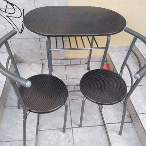 τραπέζι κουζίνας με 2 καρεκλες