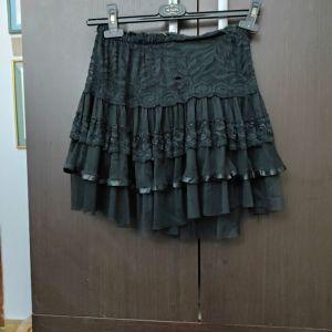 Μαύρη φούστα με δαντελα