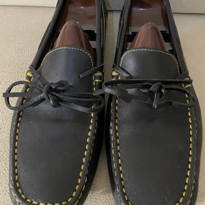 extremely gorgeous genuinely leather gommino moccasins loafers by Tods made in Italy size 41 in excellent condition