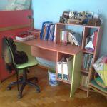 Παιδικό δωμάτιο με κουκέτα και 2 γραφεία