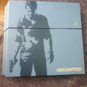 ps4 1tb c-chassis limited edition Uncharted + 2games
