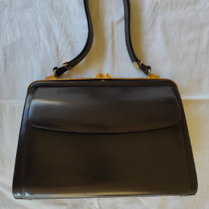 Τσάντα γυναικεία δερμάτινη