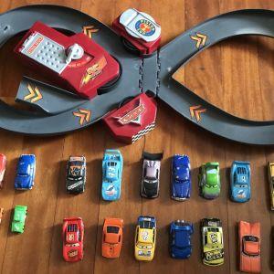 Αυτοκινητάκια Cars και πίστα