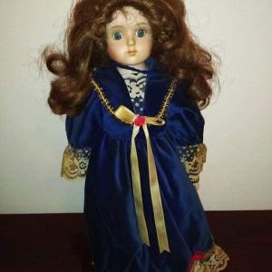 Πορσελάνη κούκλα