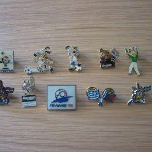 vintage pins ποδόσφαιρο USA 94 France 98 Εθνική Ελλάδος κ.α.