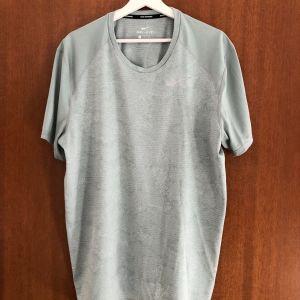 T-Shirt Nike Dri-fit κοντομάνικη μπλούζα σε στενή γραμμή μέγεθος XL