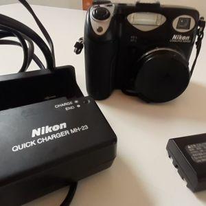 nikon coolpix 5000& φορτιστης