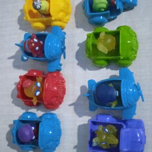 8 Zomlings με οχήματα