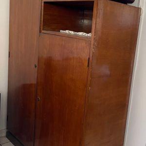 Ντουλάπα,  ντουλάπι έπιπλο αντίκα