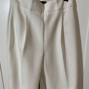 παντελόνι άσπρο zara