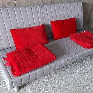 Τριθέσιος καναπές-κρεβάτι IKEA