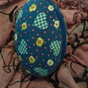 Vintage υφασμάτινο αυγό!