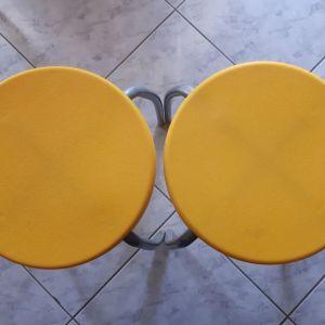 Σκαμπώ IKEA κίτρινα πλαστικά  2τμχ
