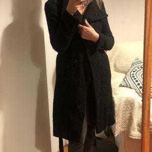 Μαύρο παλτό Rococo / Black Coat Rococo