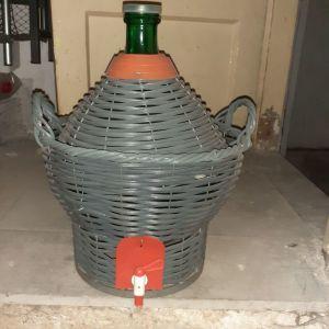 Ντεμιτζάνα κρασιού
