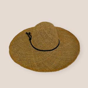 Ψάθινο καπέλο παραλίας με μαύρο κορδόνι