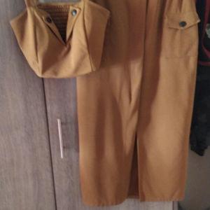 ΠΡΟΣΦΟΡΆ Σετ φούστα μπλούζα ΜΟΝΟ 6
