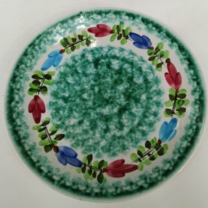 Παλιό πιάτο ζωγραφισμένο στο χέρι και υπογεγραμμένο της εταιρεία Κεραμεικός