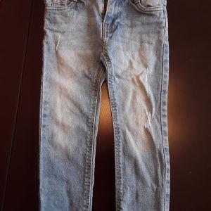 Παντελόνι τζιν (3-4 ετών, 104cm)