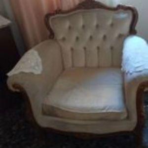 Καναπές κλασικός και σκαλιστός και δύο πολυθρόνες βελούδο άσπρο
