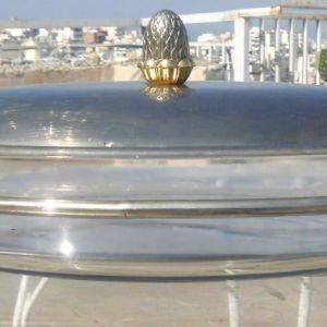 Γυάλινο οβάλ πυρίμαχο σκεύος 3lt, με καπάκι και με ανοξείδωτη βάση stand, για να διατηρεί το φαγητό ζεστό με Ρεσώ