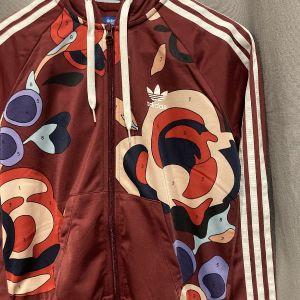 Adidas Rita Ora συλλεκτική ζακέτα