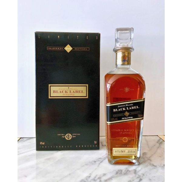 Johnnie Walker BLACK LABEL Whisky 12 eton MILLENNIUM 2000 LIMITED EDITION