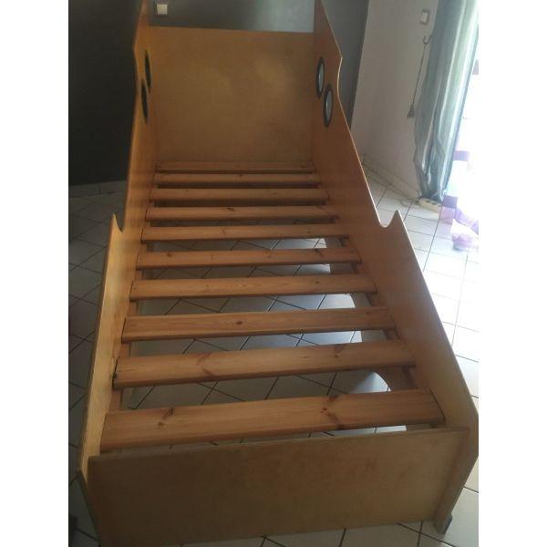 epipla krevatokamaras krevatia