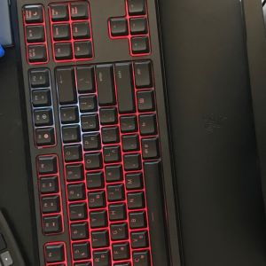 Razer Ornata Chroma Gaming Keyboard. Used in very good condition. Comes inside it's box with its arm rest.