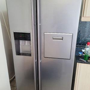 ψυγείο ντουλαπα Samsung