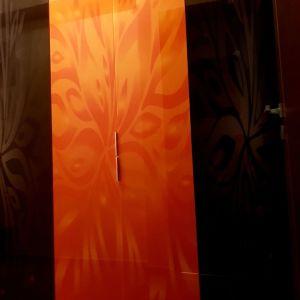 Βεστιαριο με γυάλινα πορτακια με ψηφιακή εκτύπωση
