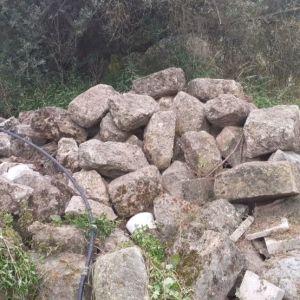Πετρες καντουναδες ιδανικες για περιφραξη