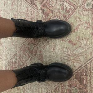 biker boots αρβυλακια φανταστικά μαύρα γνήσιο δέρμα