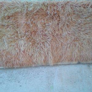 φλοκάτη στο χρώμα μελί ανοιχτό... με μήκος 2,00 X1,40