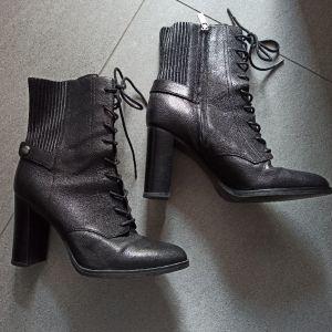 Μπότες Michael Kors