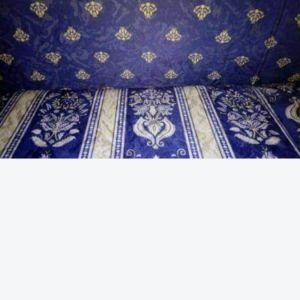 Πωλείται σαλόνι σε μπλε μοτίβο άριστη κατάσταση