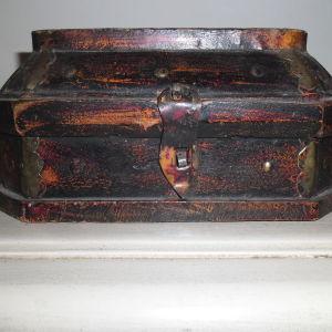 Χειροποίητο ξύλινο κουτί