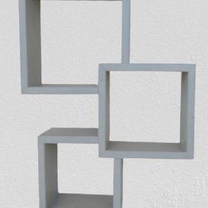 Ραφιέρα με τετράγωνα ράφια