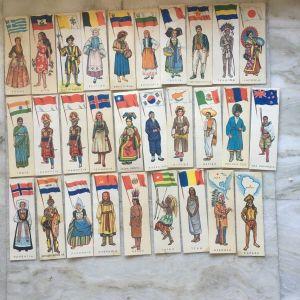 Χαρτακια εθνικων ενδυμασιων της *μελο*  (29τμχ) πωλούνται και μεμονωμένα 1,5 ευρώ το καθενα