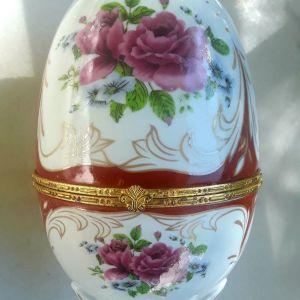 Πορσελανινο μεγαλο αυγο