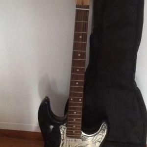Ηλεκτρική κιθάρα και ενισχυτής