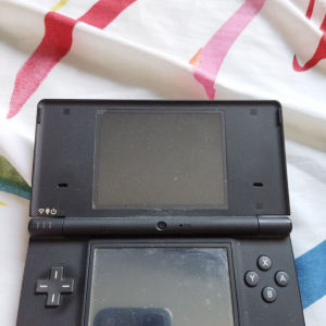 Nintendo DSi σαν καινούριο